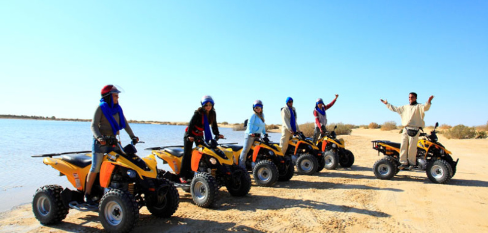 Location quad et Bateaux pour Groupes en Tunisie