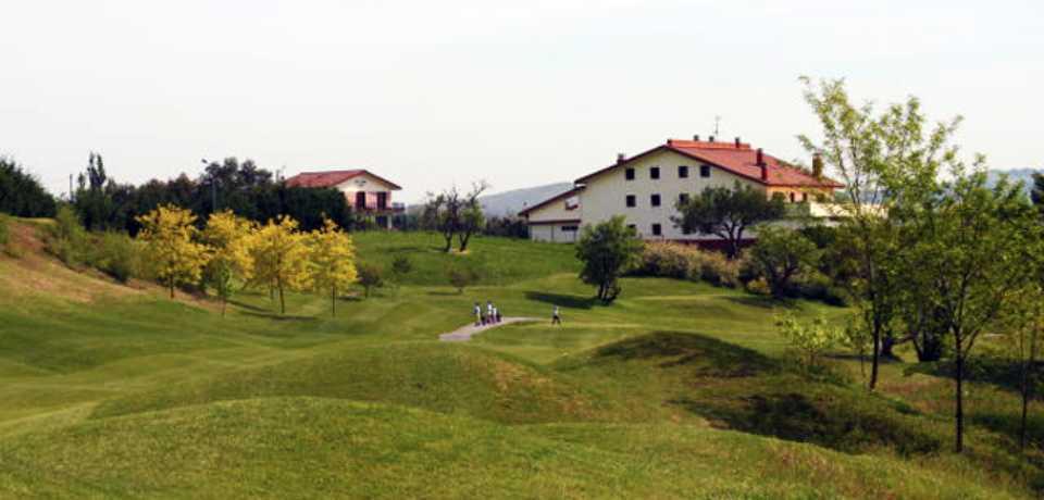 Réservation Stage Cours et Leçons auRoyal Golf Club de San Sebastián a Cantabria en Espagne