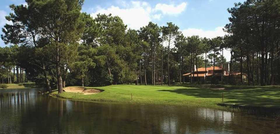 Réservation Forfait et Package au Golf Aroeira I en Portugal